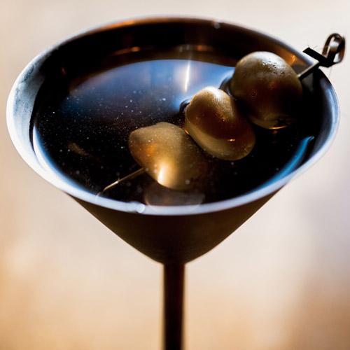 Fox & Farrow Drink Menu: The Dirty Bond